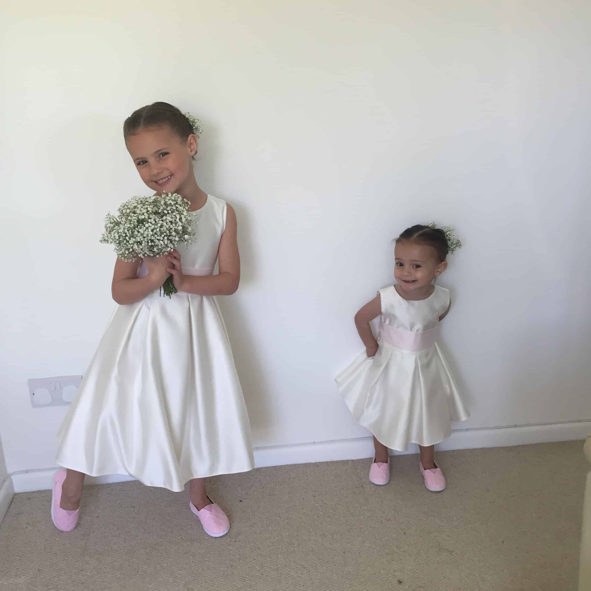 millie and mia flower girls